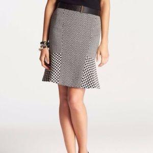 NWT Ann Taylor Houndstooth Flouncy Pencil Skirt